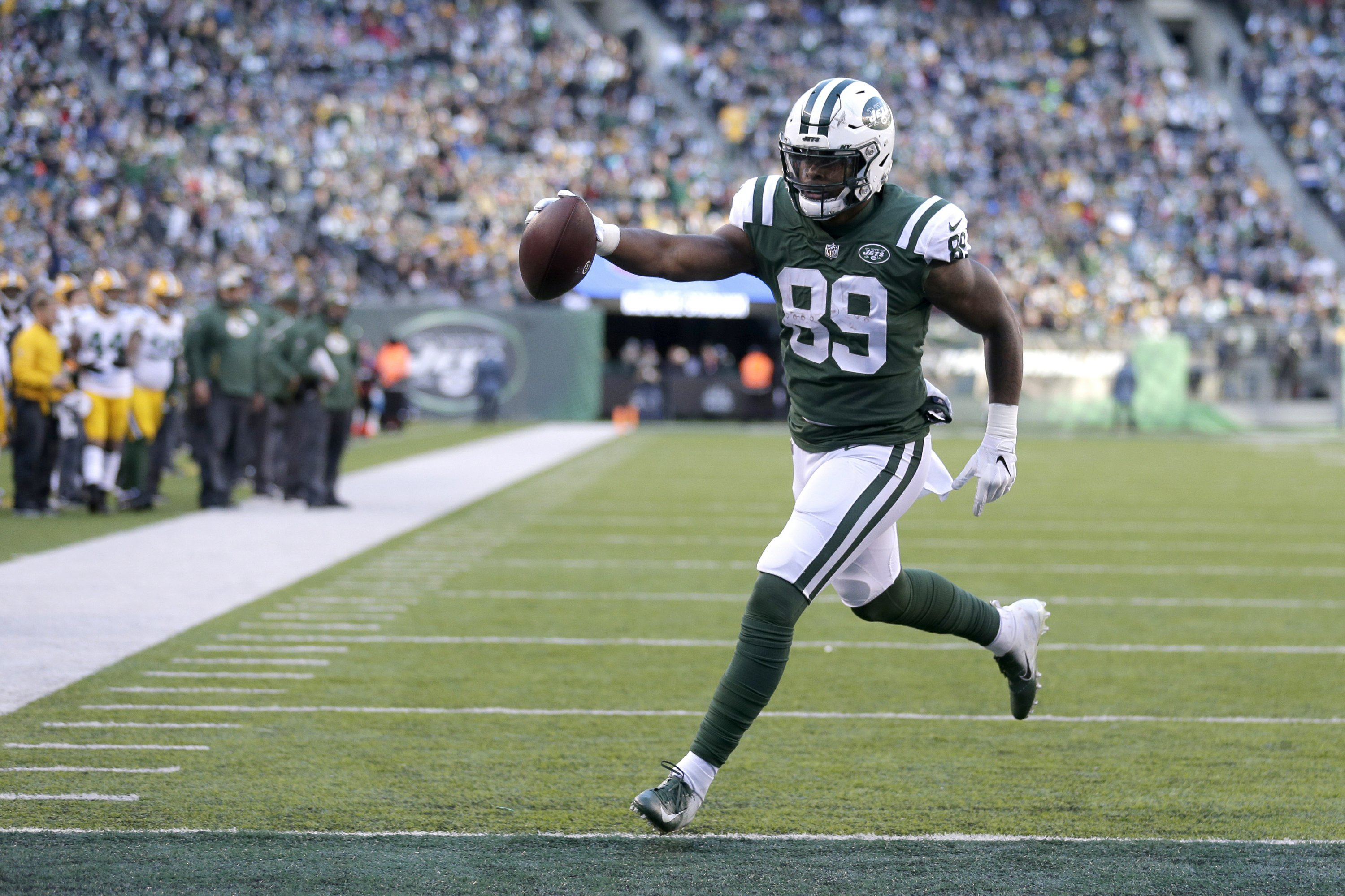 Jets' Herndon focused on bouncing back from lost season