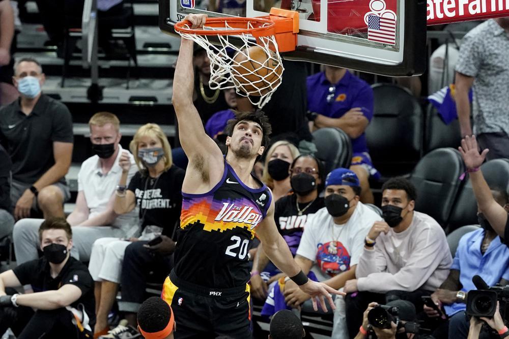 Phoenix Suns Beat Denver Nuggets 123-98