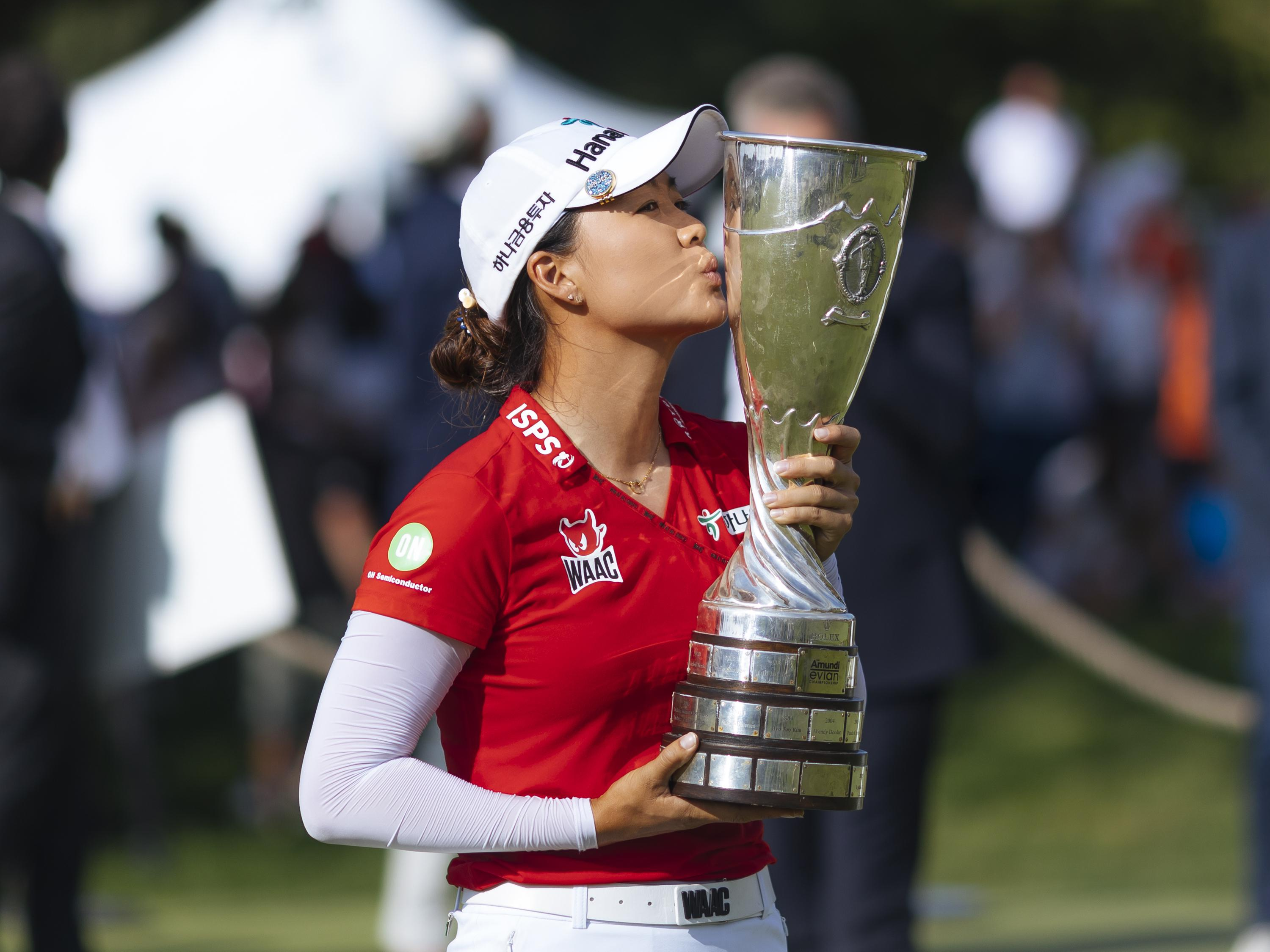 Lee wins her 1st major after beating Lee6 in playoff