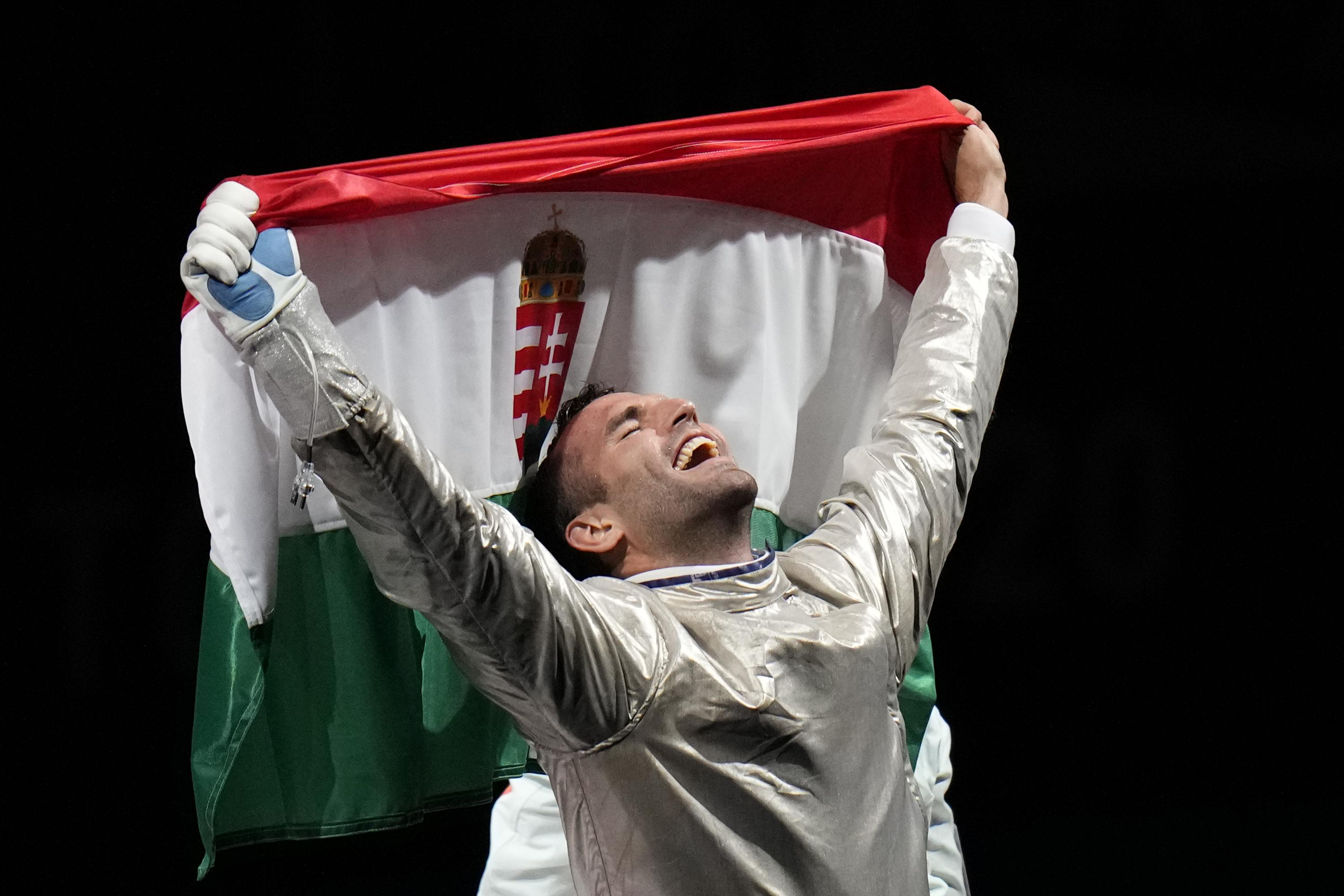 Olympics Newest: Szilagyi wins third fencing gold in sabre