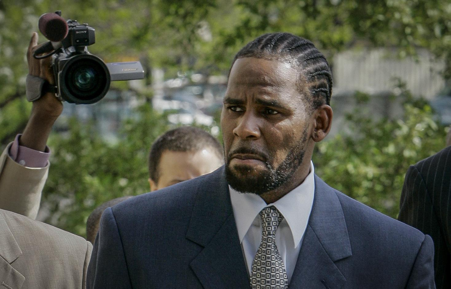 R. Kelly fate now in jury's hands at sex trafficking trial - Associated Press