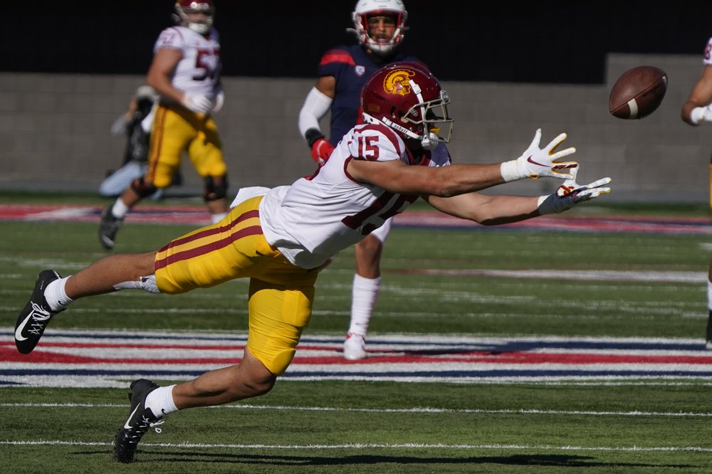 No. 20 USC to again beat Arizona 34-30 on late TD