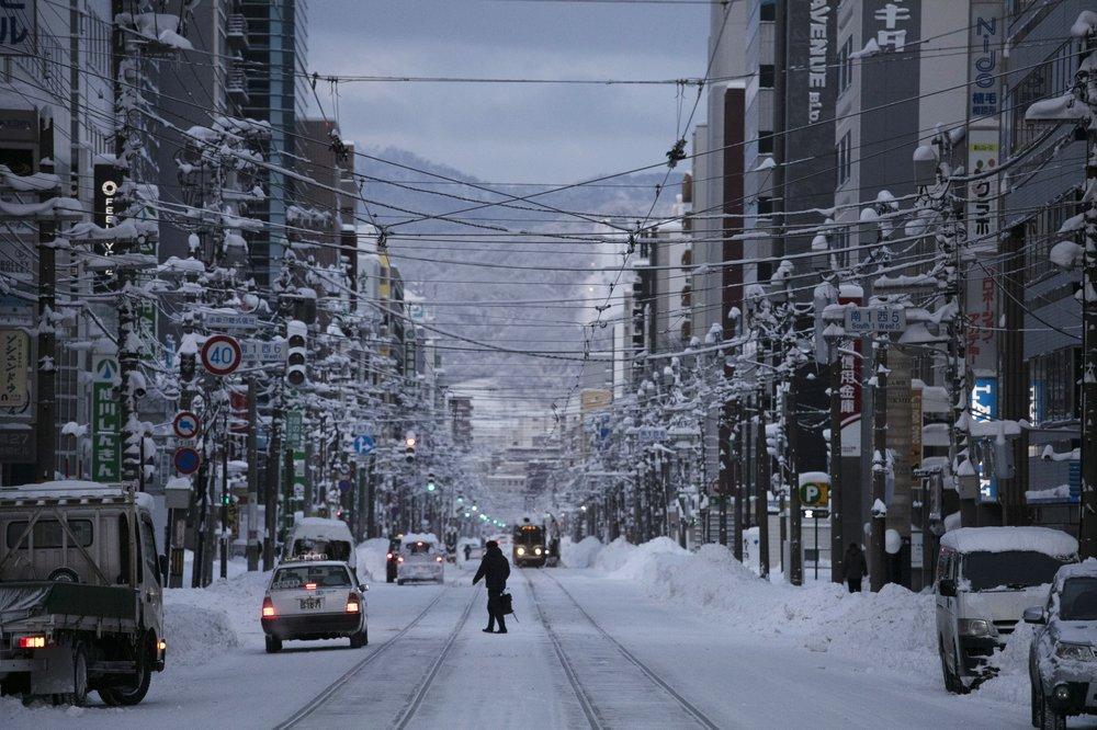 Olympic bidder Sapporo has erratic snowfall