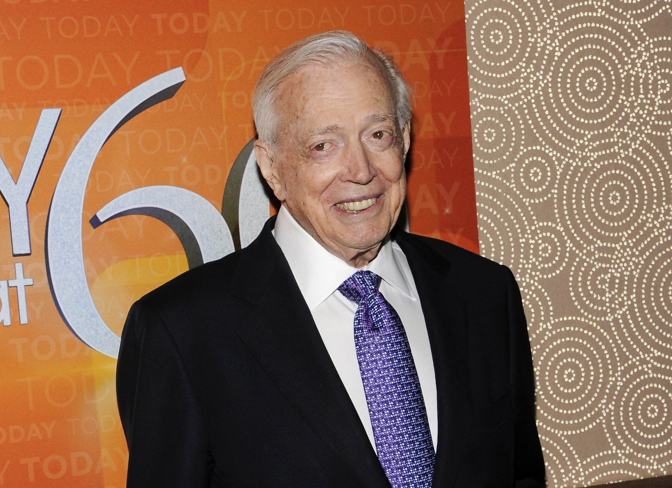Hugh Downs, genial presence on TV information and recreation exhibits, dies - The Associated Press thumbnail