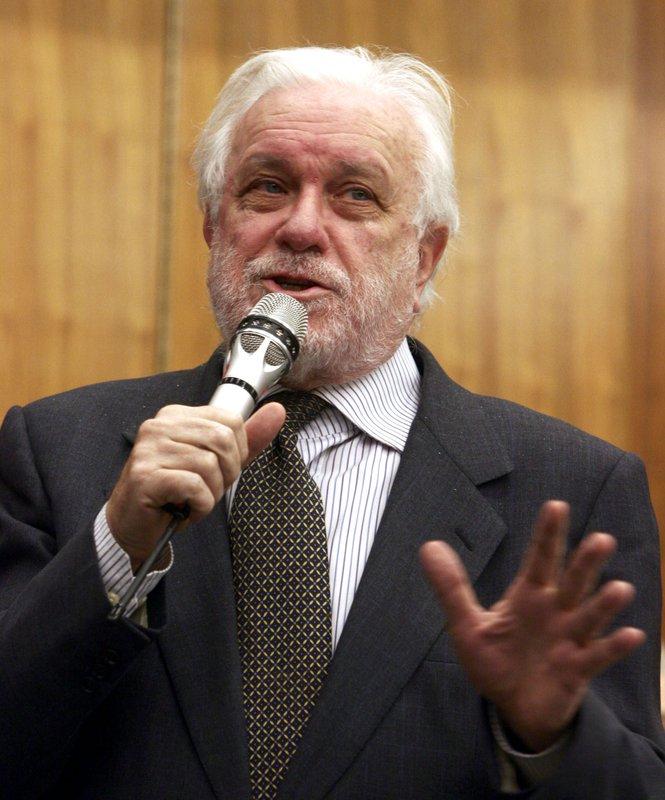 Italian Writer Director Luciano De Crescenzo Dies At 90