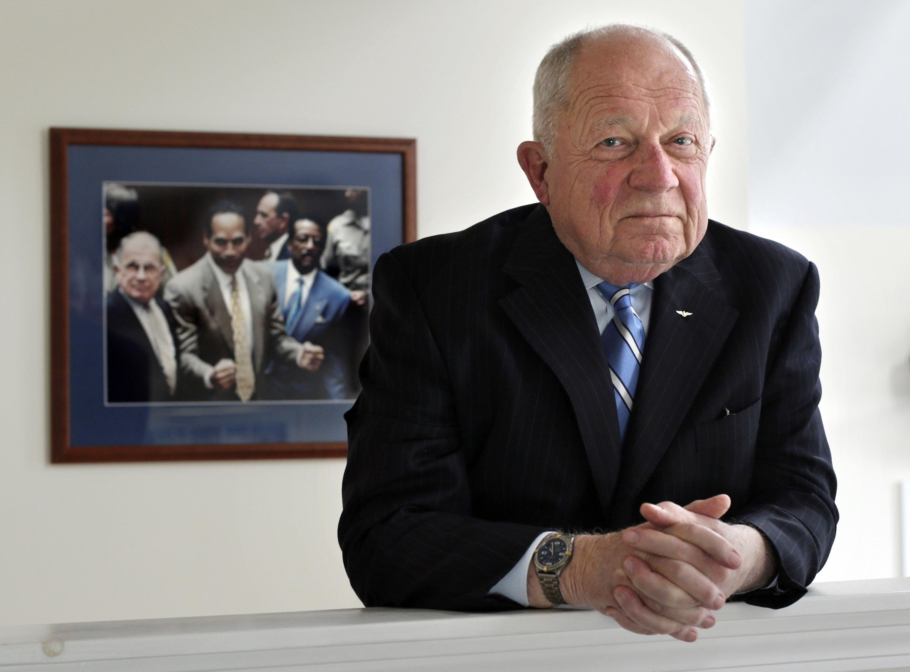 F. Lee Bailey, celebrity attorney best known for defending O.J. Simpson, dead at 87