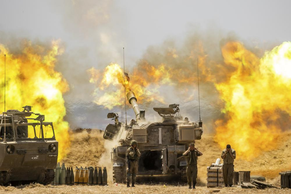 Gaza Strip: Israeli-Palestinian fighting intensifies as a Hamas commander killed in an airstrike