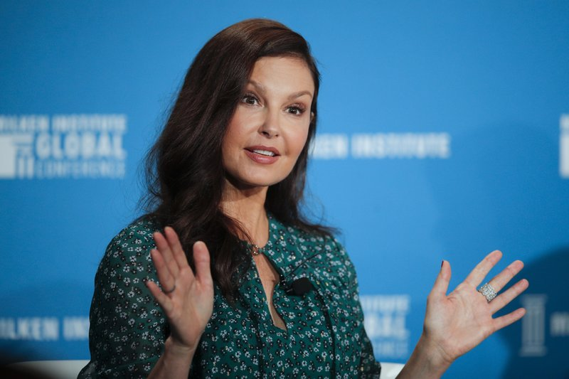 Ashley Judd recounts how she nearly lost her leg in Congolese rainforest