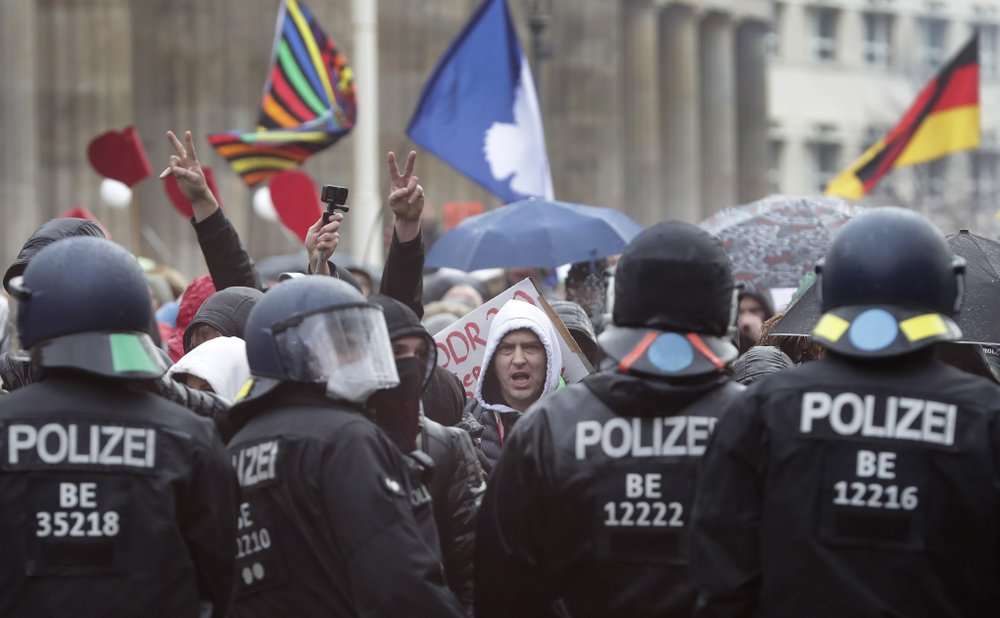 Berlin police forcefully disperse demonstrators protesting coronavirus restrictions