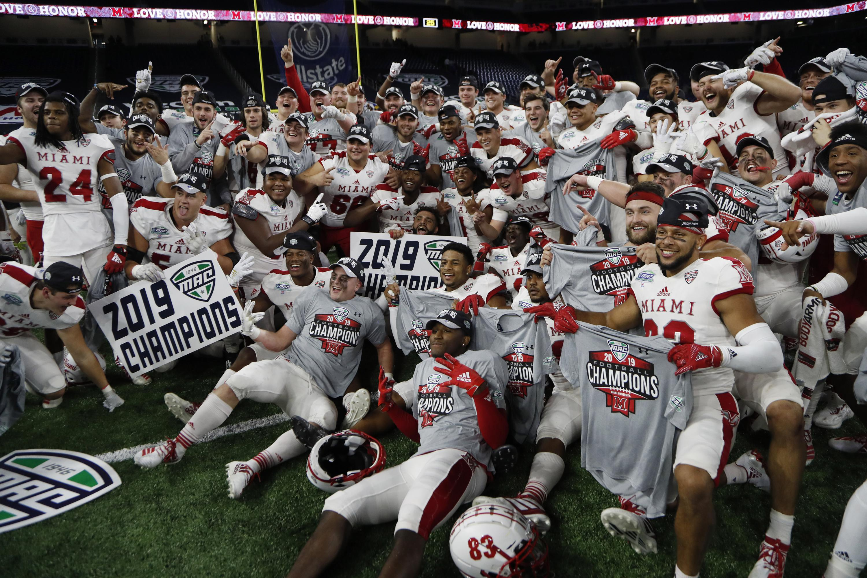Mid-American Conference becomes 1st major college football conference to cancel fall season.