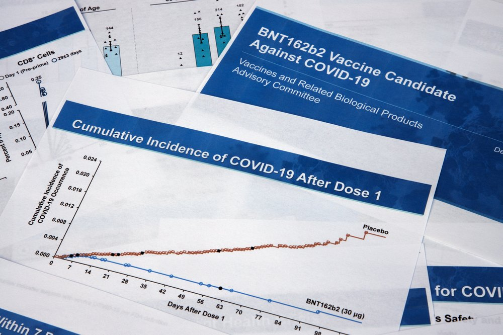 US panel gives okay on widespread use of Pfizer COVID-19 vaccine