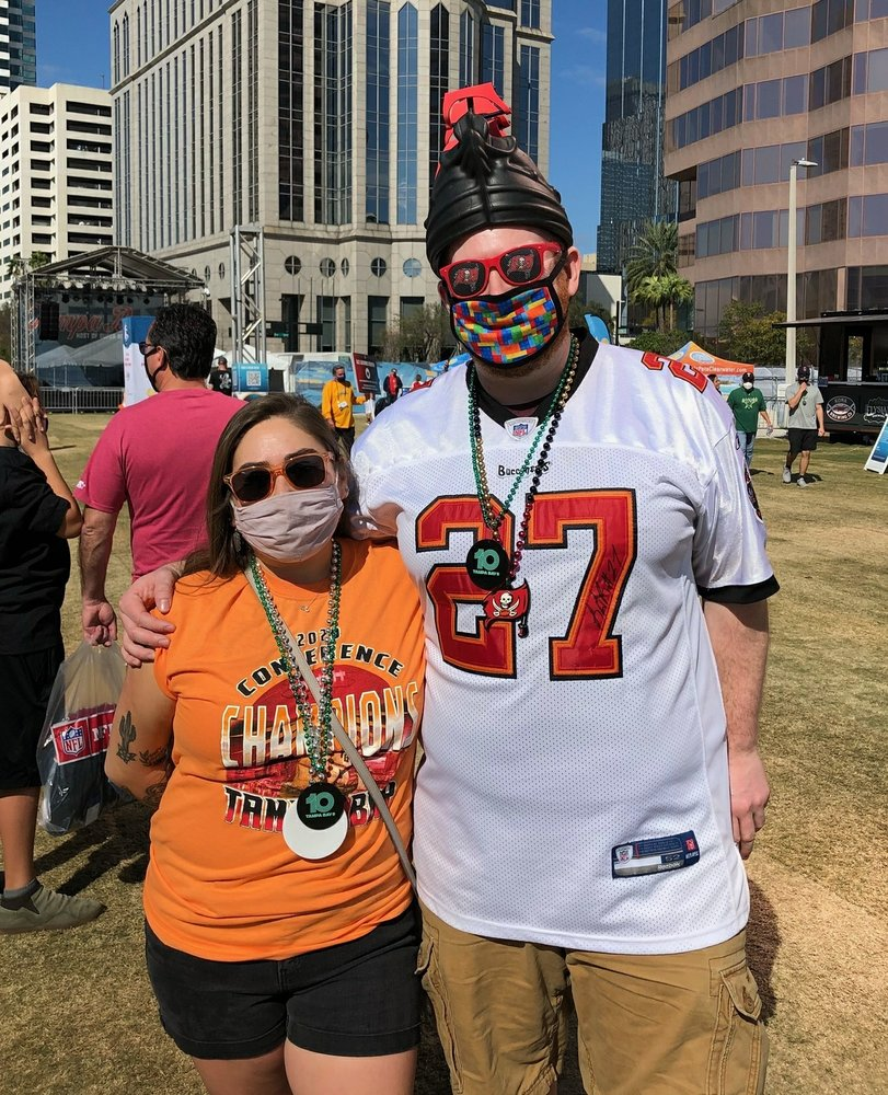 Super Bowl party on for fans in Tampa, even if it's more low-key