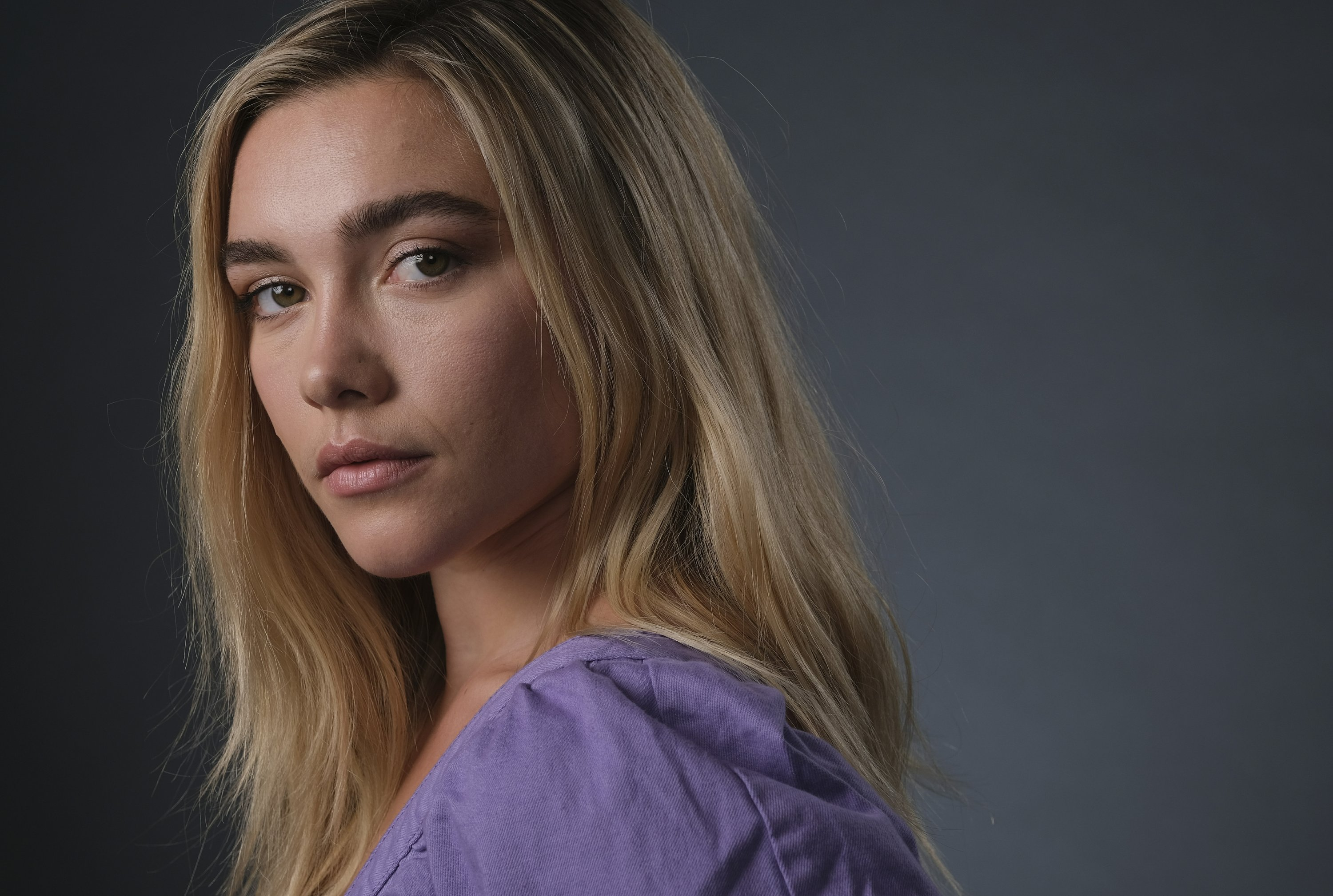Florence Pugh Top >> 2019 Breakthrough Entertainer Florence Pugh Owns The Year
