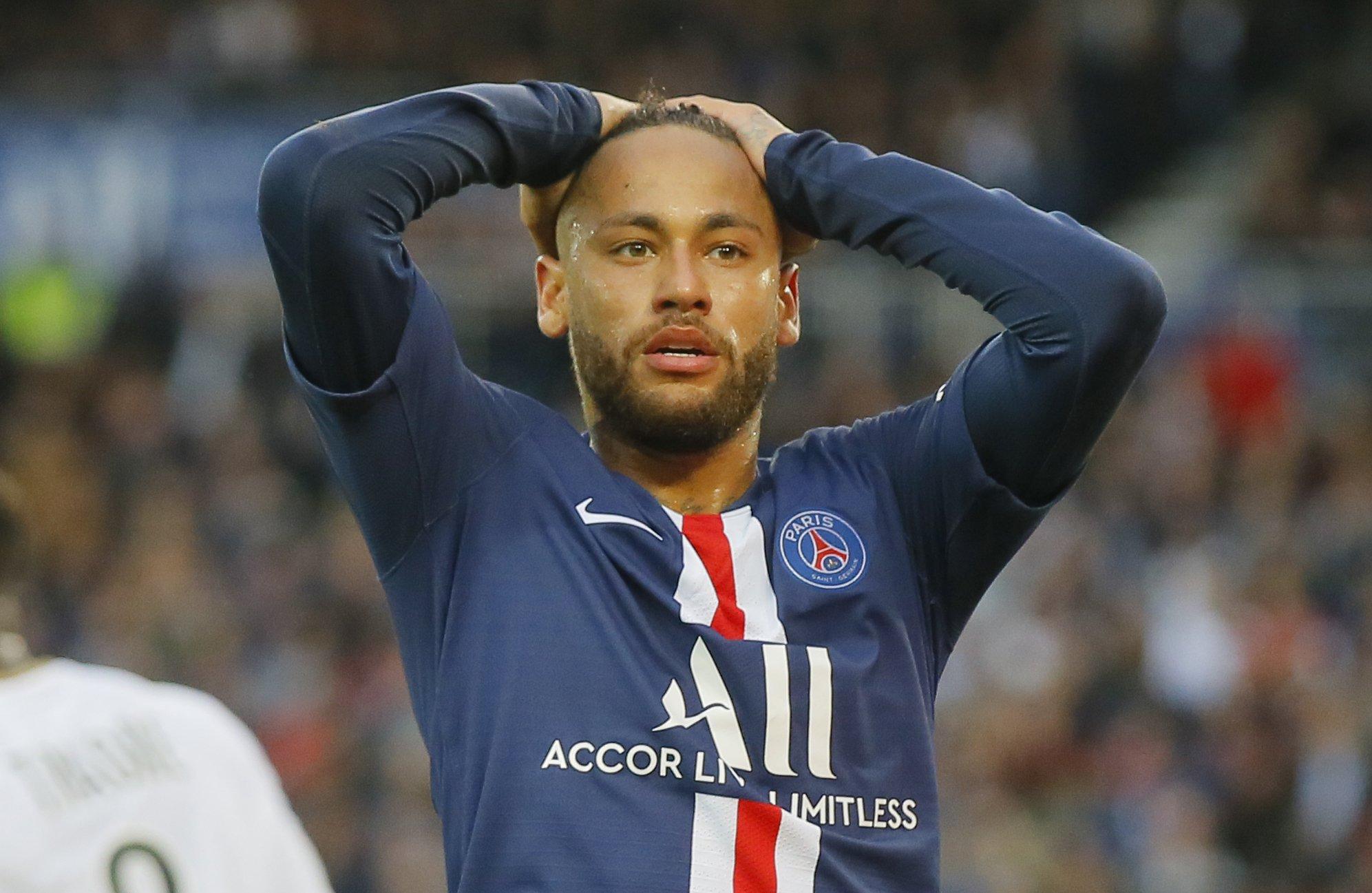 Sarabia Stars For Psg In 4 0 Win Vs Angers Neymar Scores