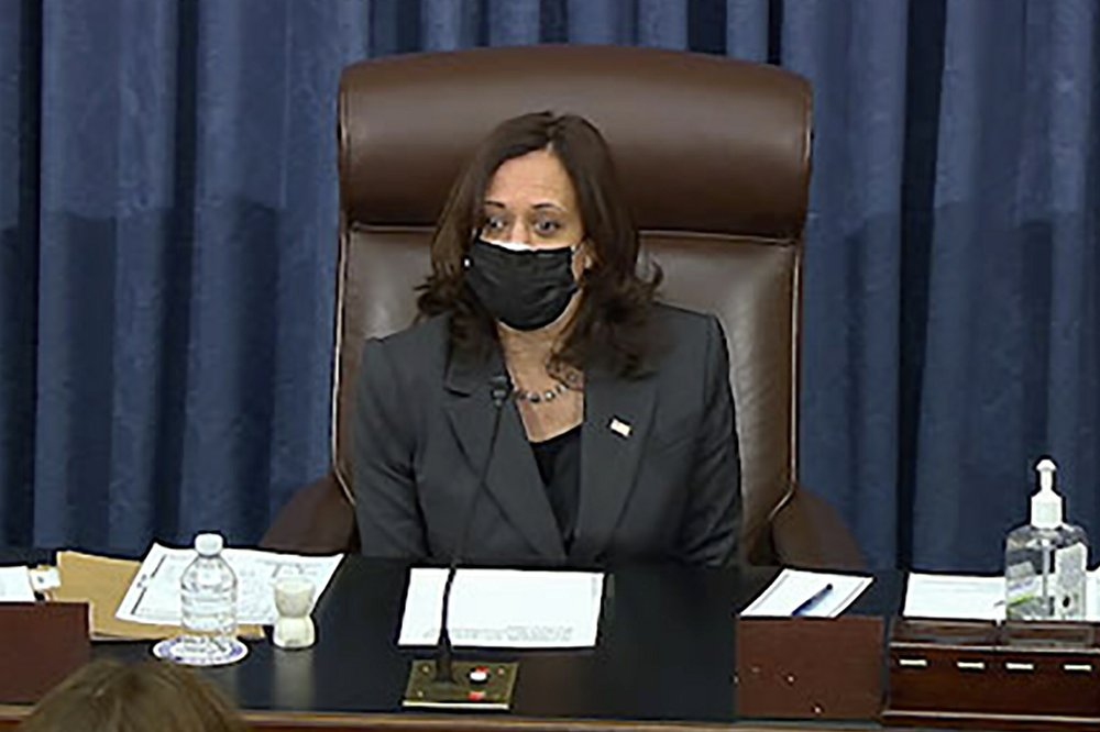 Harris casts tie-breaker vote for approval of senate coronavirus relief budget bill