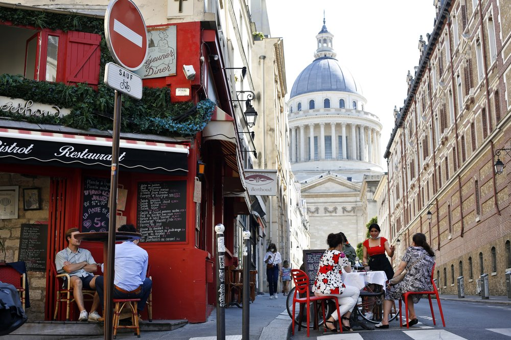Paris cafes experiencing life again