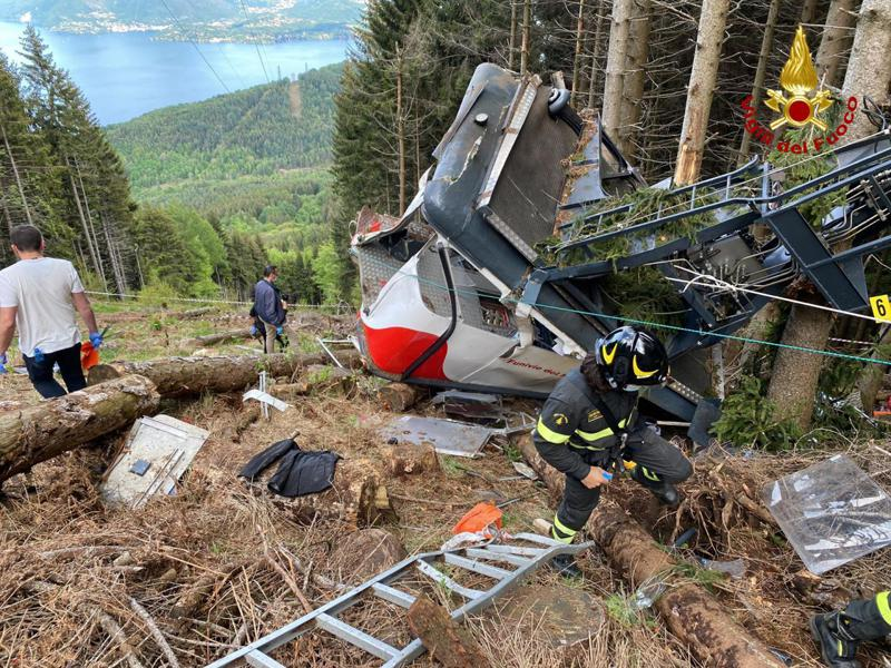 14 People Killed After Cable Car in Italy Plunges to the Ground