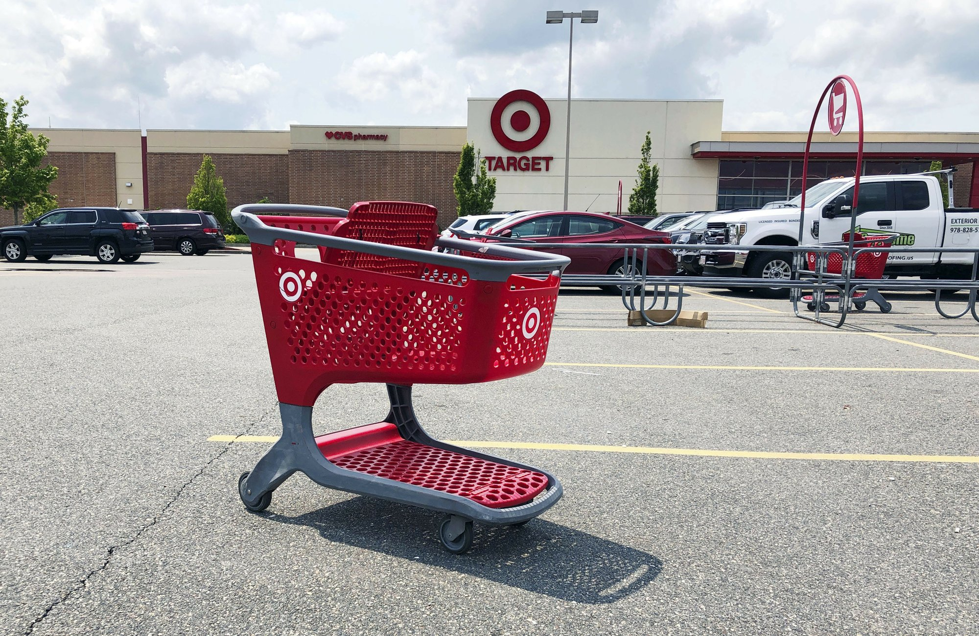 Shoppers have more options to return online purchases