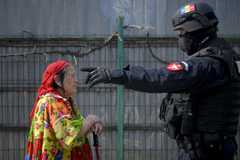 In Romania, 'modern slaves' burn harmful waste for a living