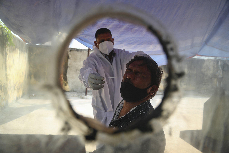 India OKs AstraZeneca and locally-made COVID-19 vaccines – The Associated Press