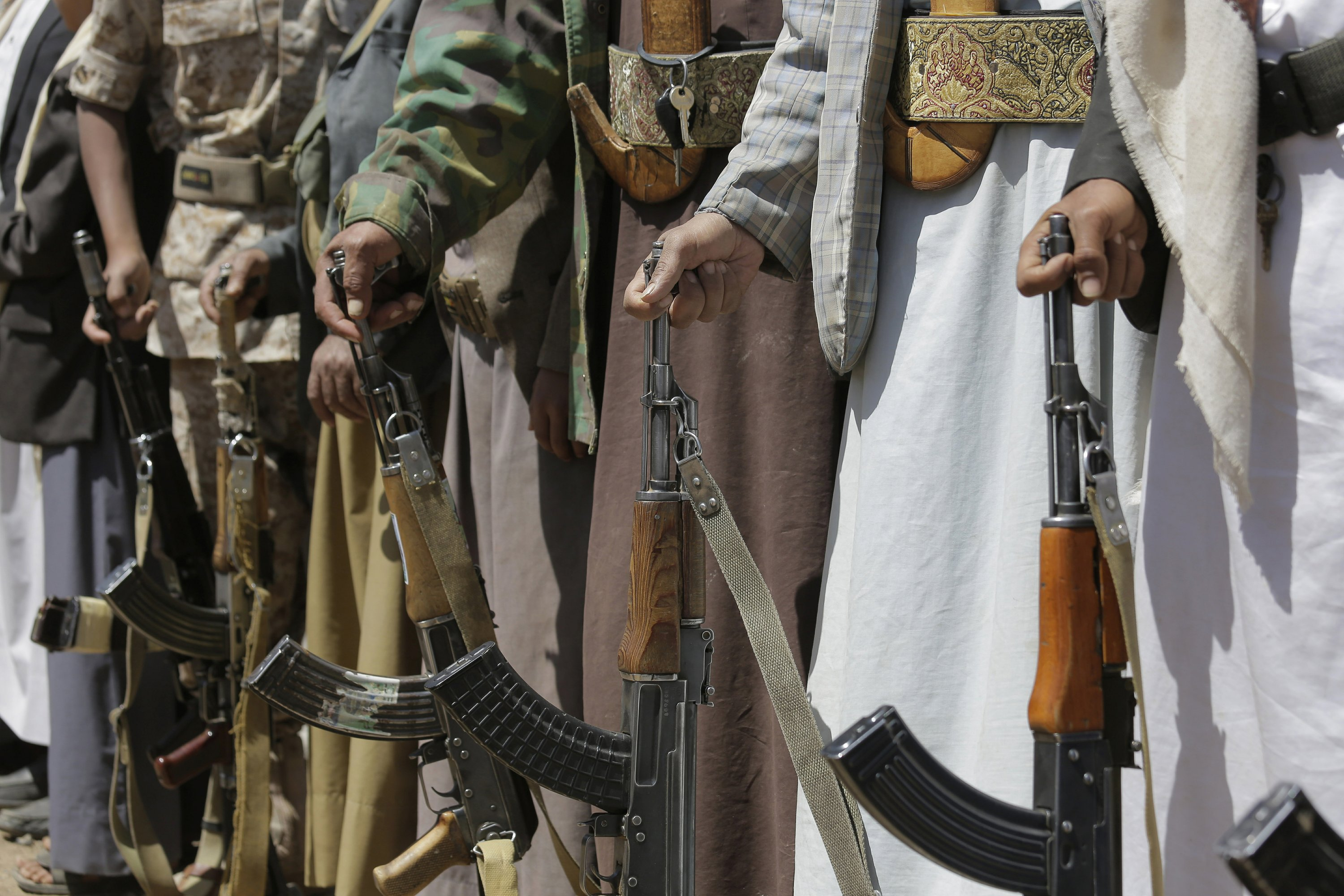 Sudanese officials: 6 troops killed in Yemeni rebel attack