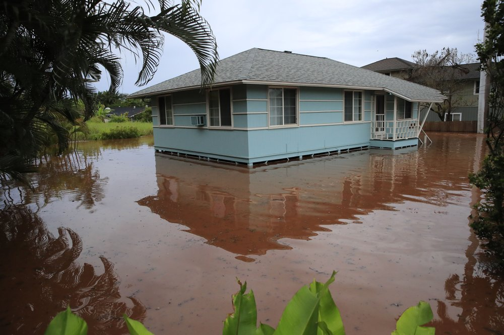 Flooding from Hawaii's winter wet season cited as examples of climate change, global warming