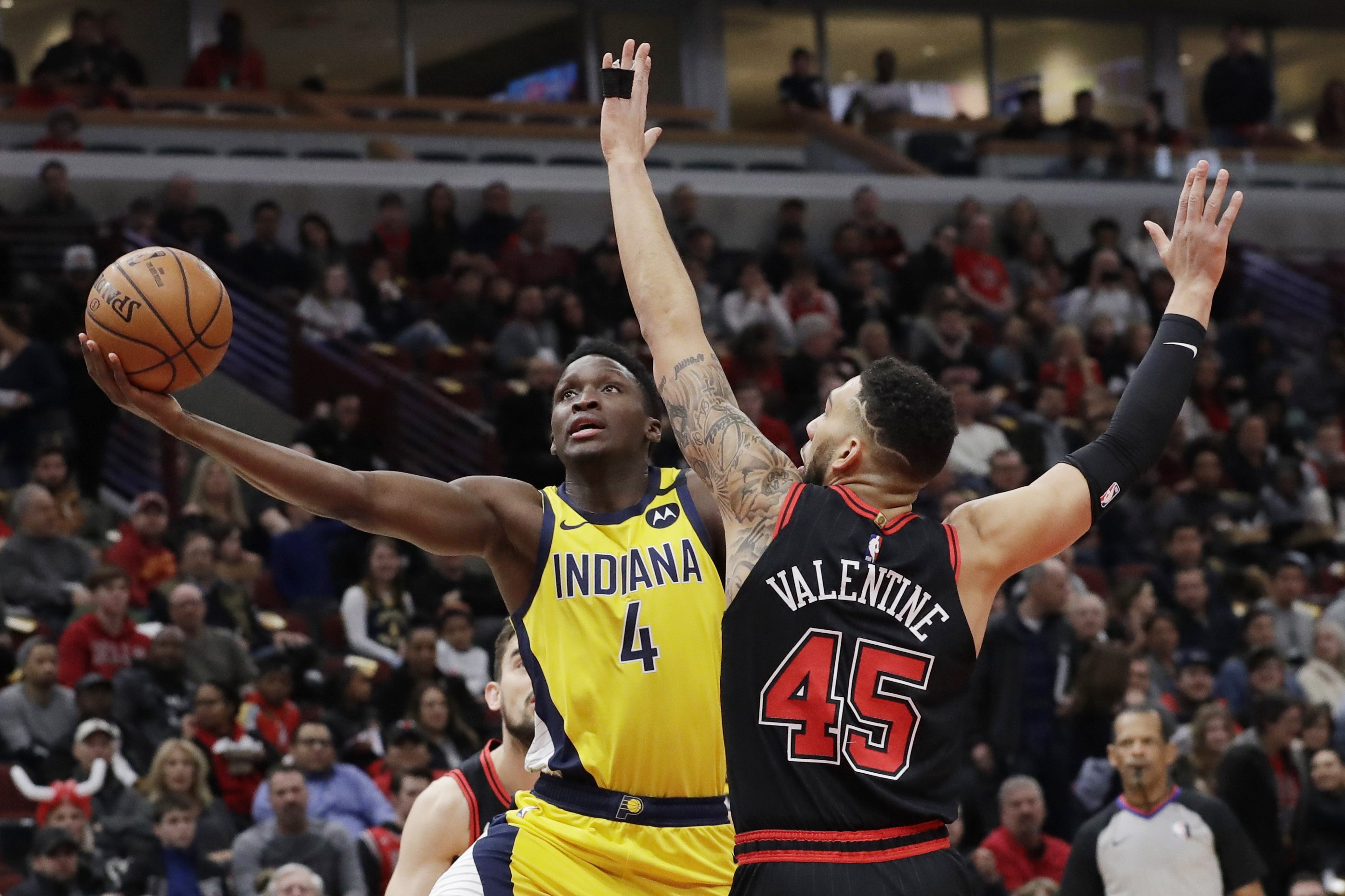 The Latest: Pacers' Oladipo hosts Instagram show on artists