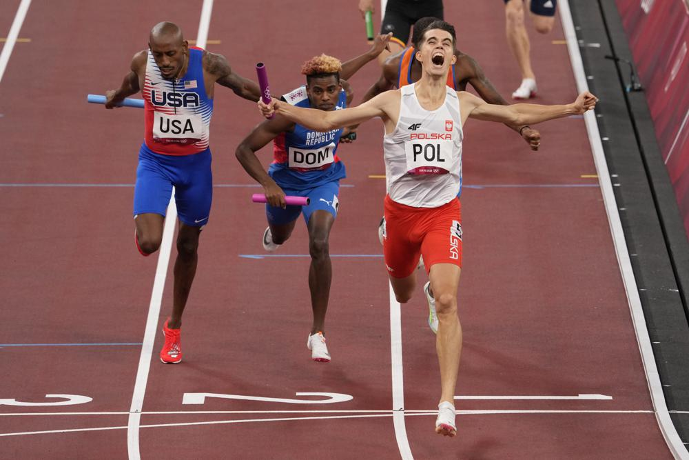U.S. Track Team Wins Bronze in First-Ever Olympic 4x400m Mixed Relay