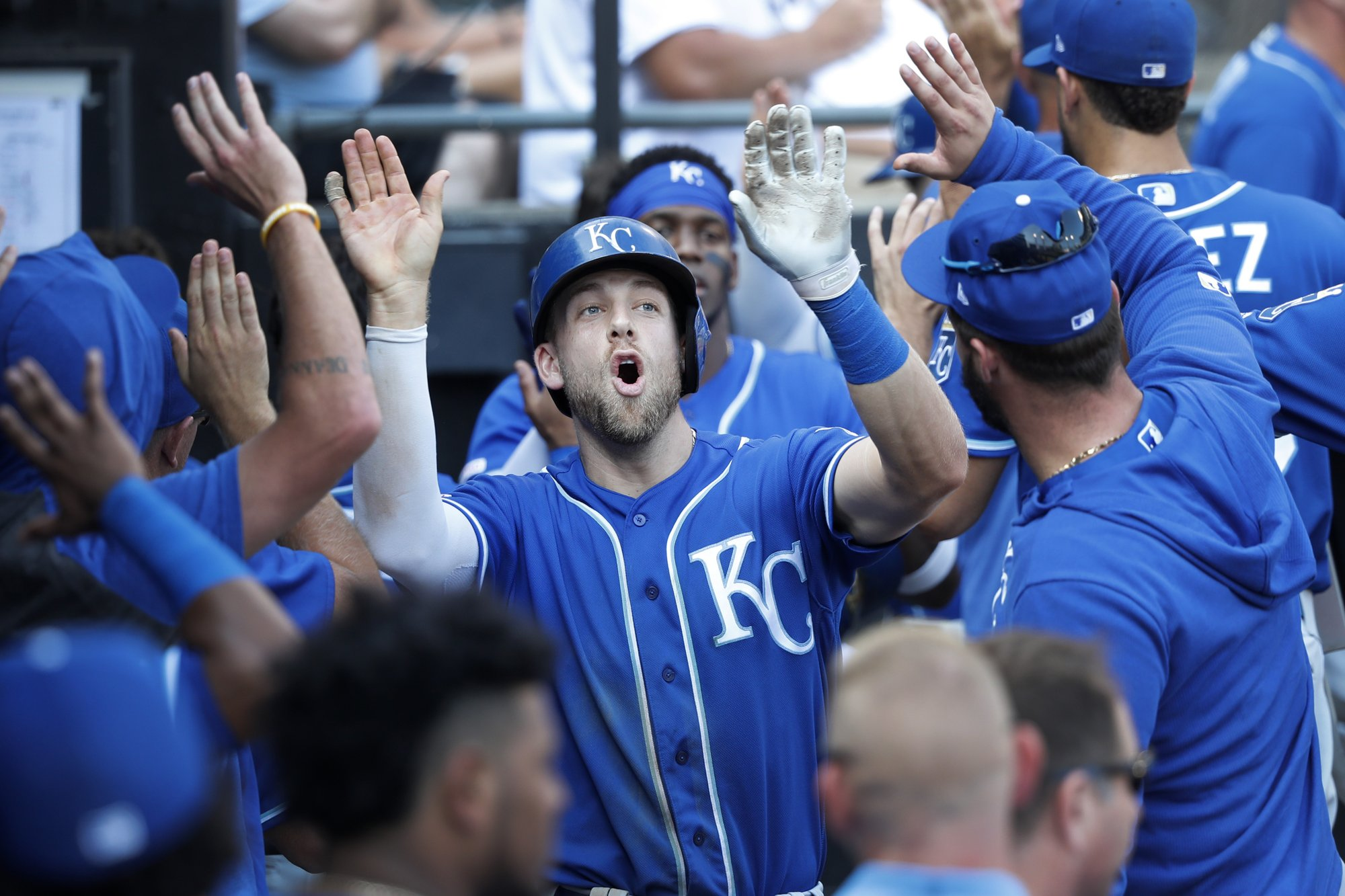 Dozier's homer sends Royals past Giolito, White Sox, 6-3