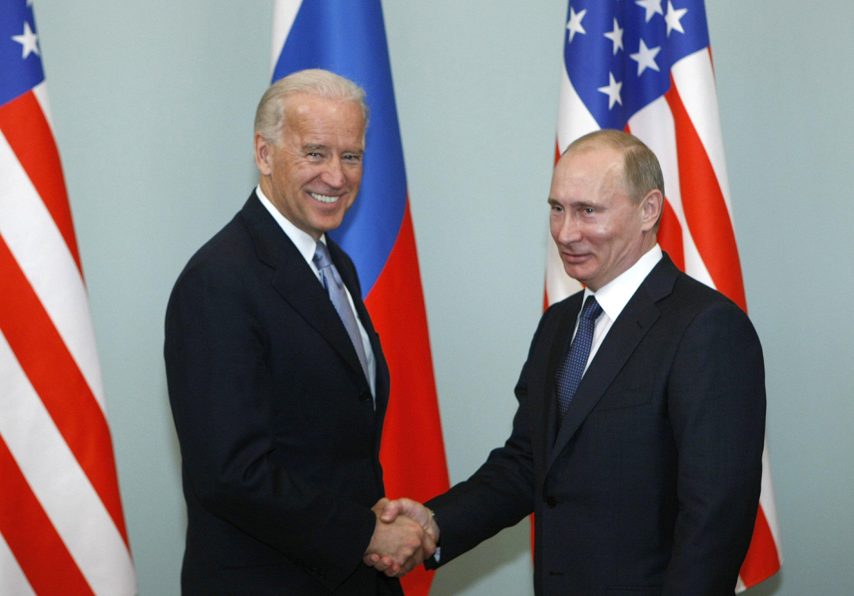 Biden in first call with Putin presses on Navalny treaty – Associated Press