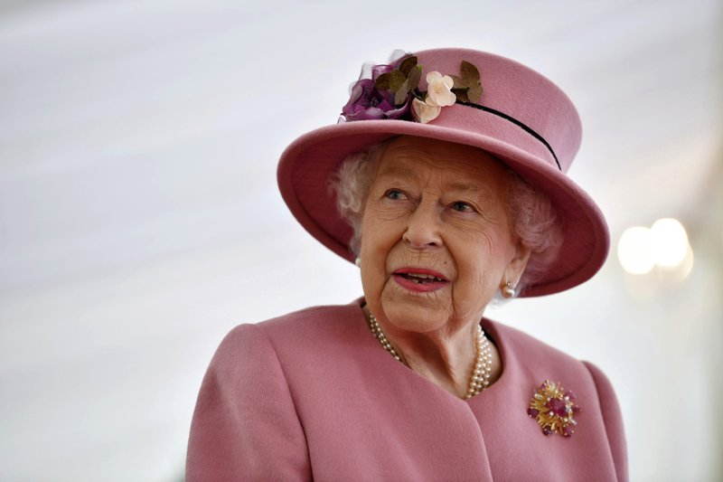 Queen's report:  COVID vaccine is quick, painless and helps others