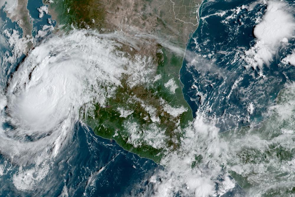 Hurricane Olaf Heads Toward Mexico's Los Cabos Resort Region