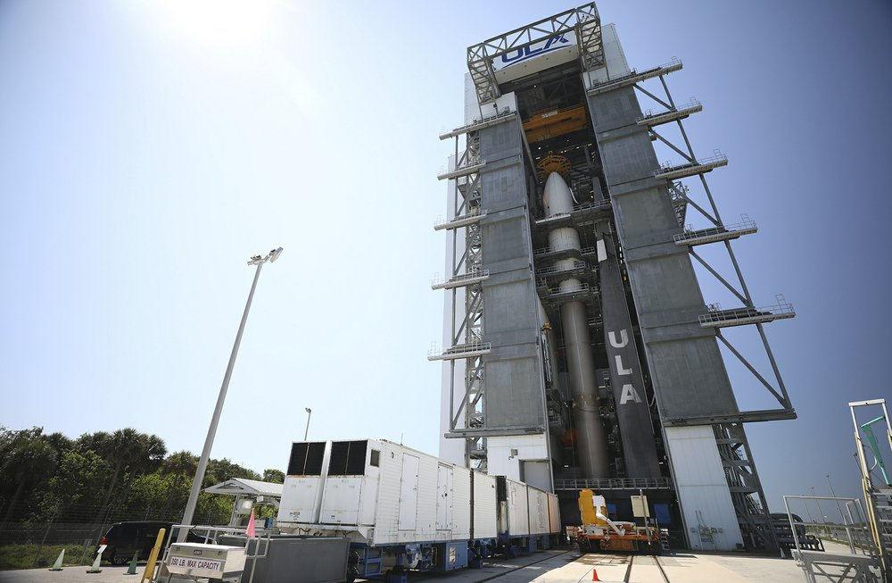 US military's mystery space plane rockets back into orbit