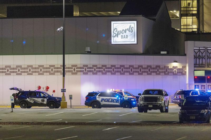 Targeted attack: gunman kills two at Wisconsin casino; one wounded; gunman slain