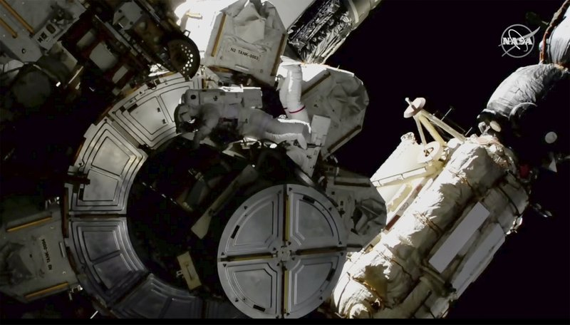 Spacewalkers take extra safety precautions after possibly getting toxic ammonia on their space suits
