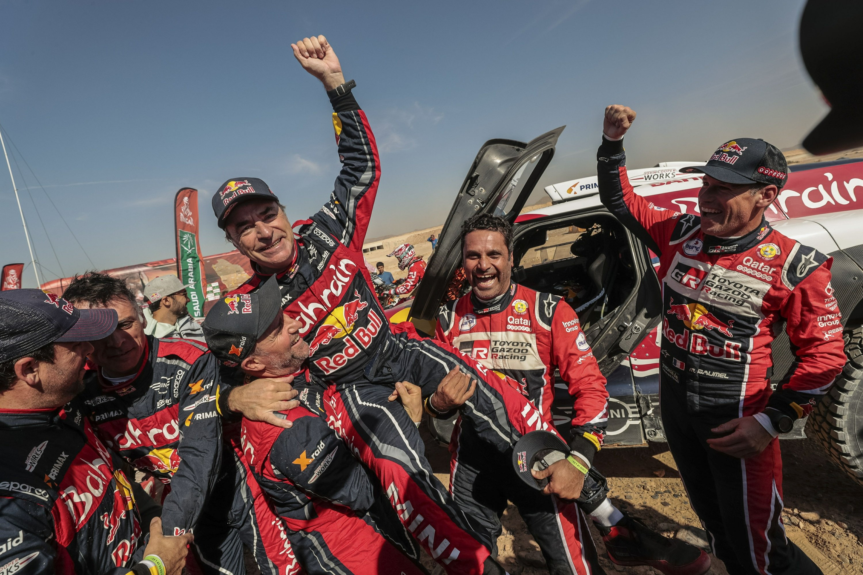 Sainz wins a third Dakar Rally title, rider Brabec his first