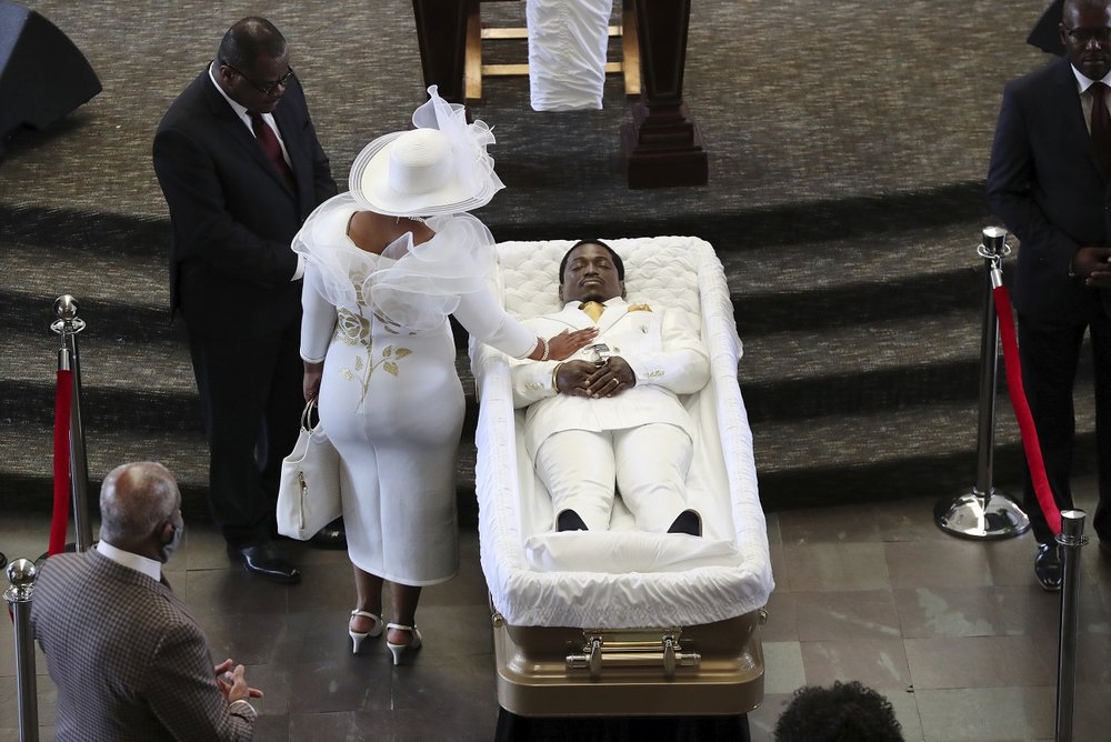 Rayshard Brooks' Widow Attends His Public Viewing at Atlanta's Historic Ebenezer Baptist Church Along With Hundreds of Other Mourners