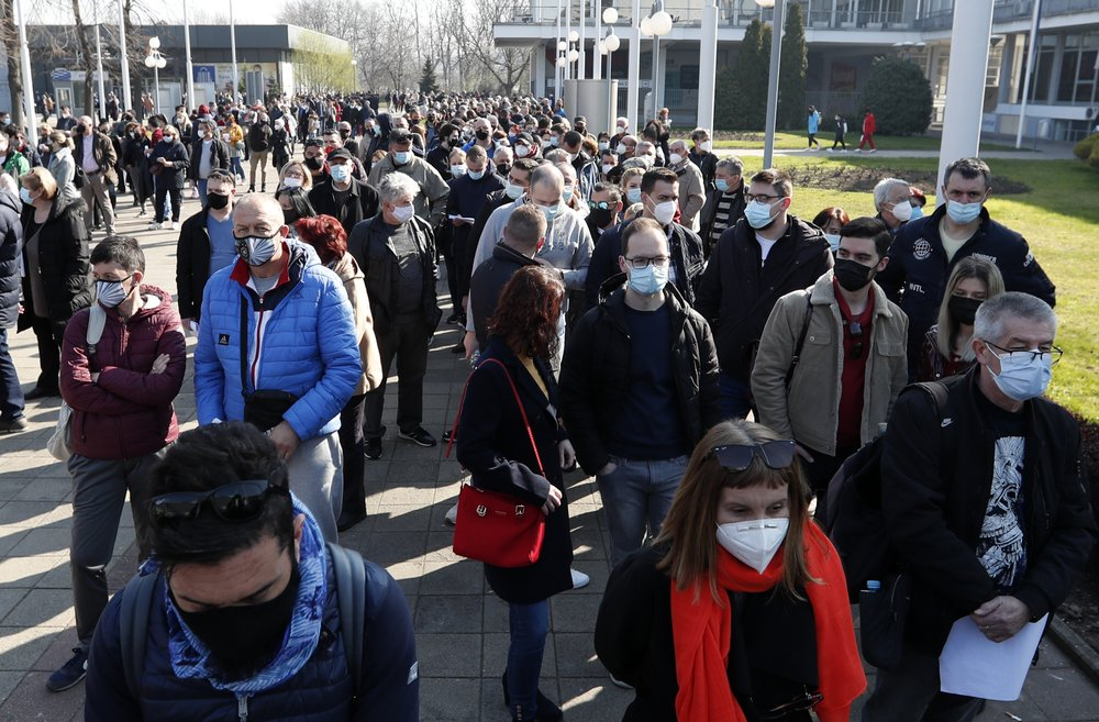 Thousands of vaccine-seekers flock to Serbia to get free coronavirus vaccine shots