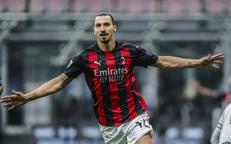 Ibrahimović returns and scores 2 as Milan beats Inter 2-1