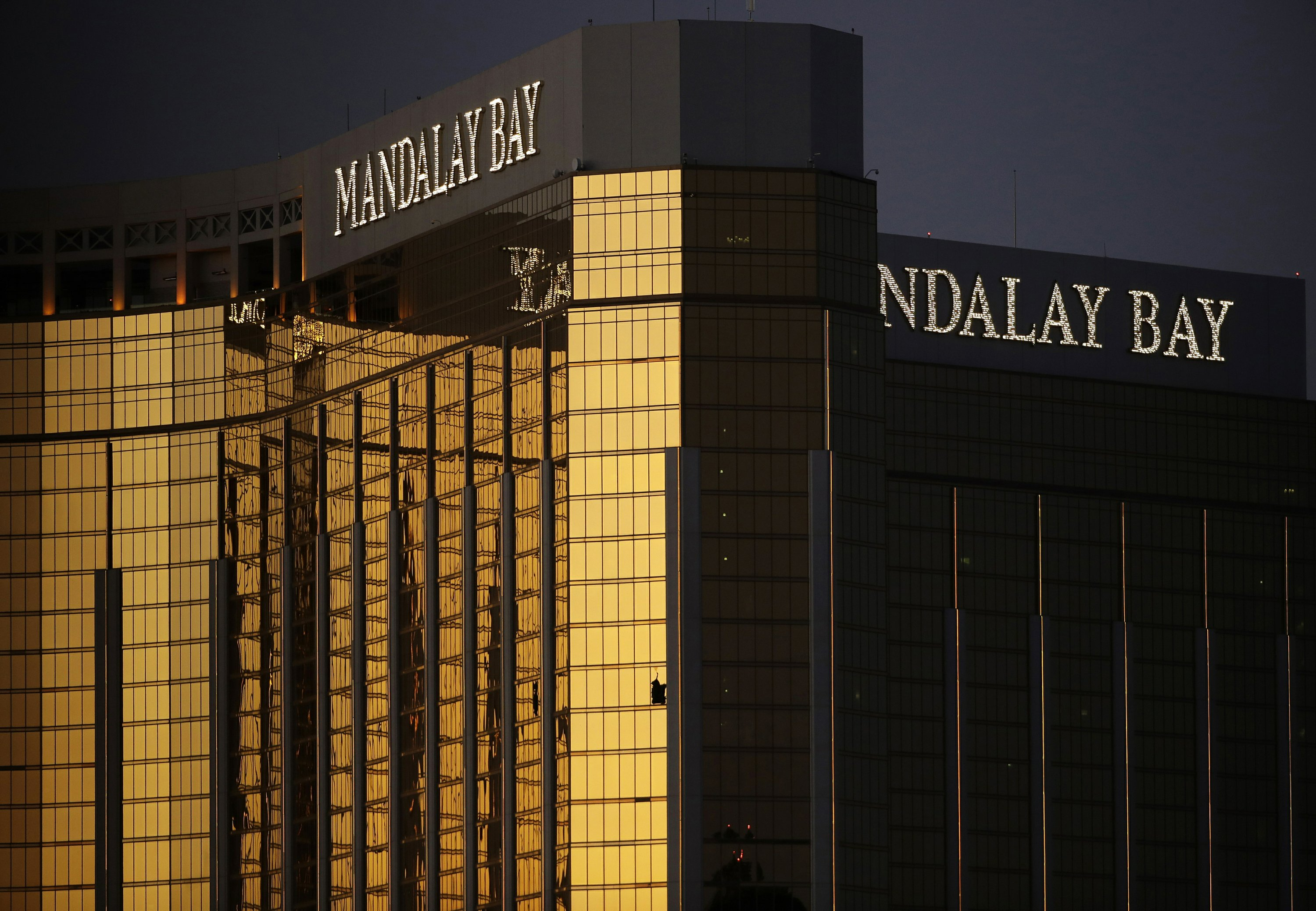 Casino giant settles Vegas shooting lawsuits for up to $800M