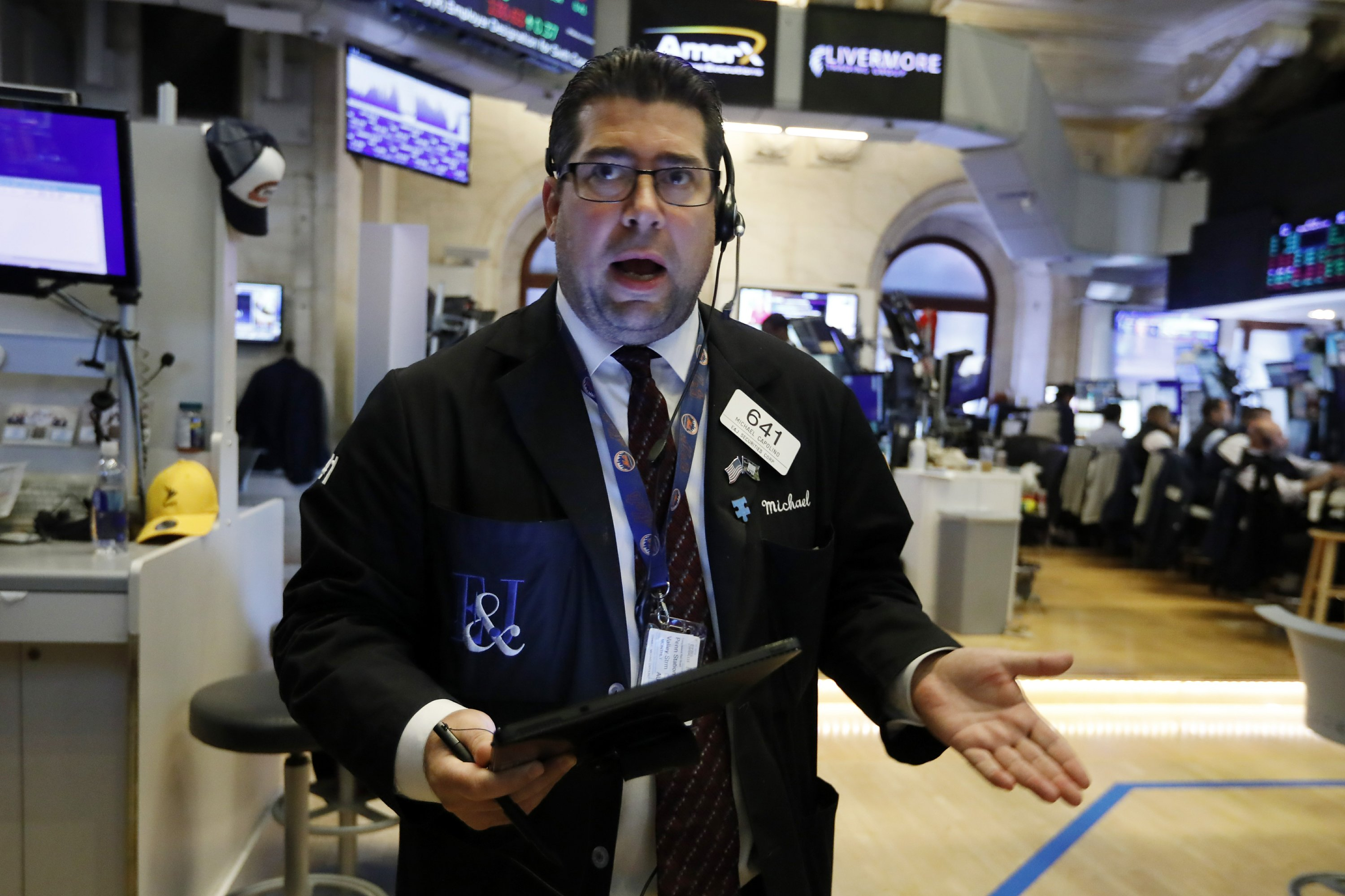 US stocks veer higher in latest bout of market volatility