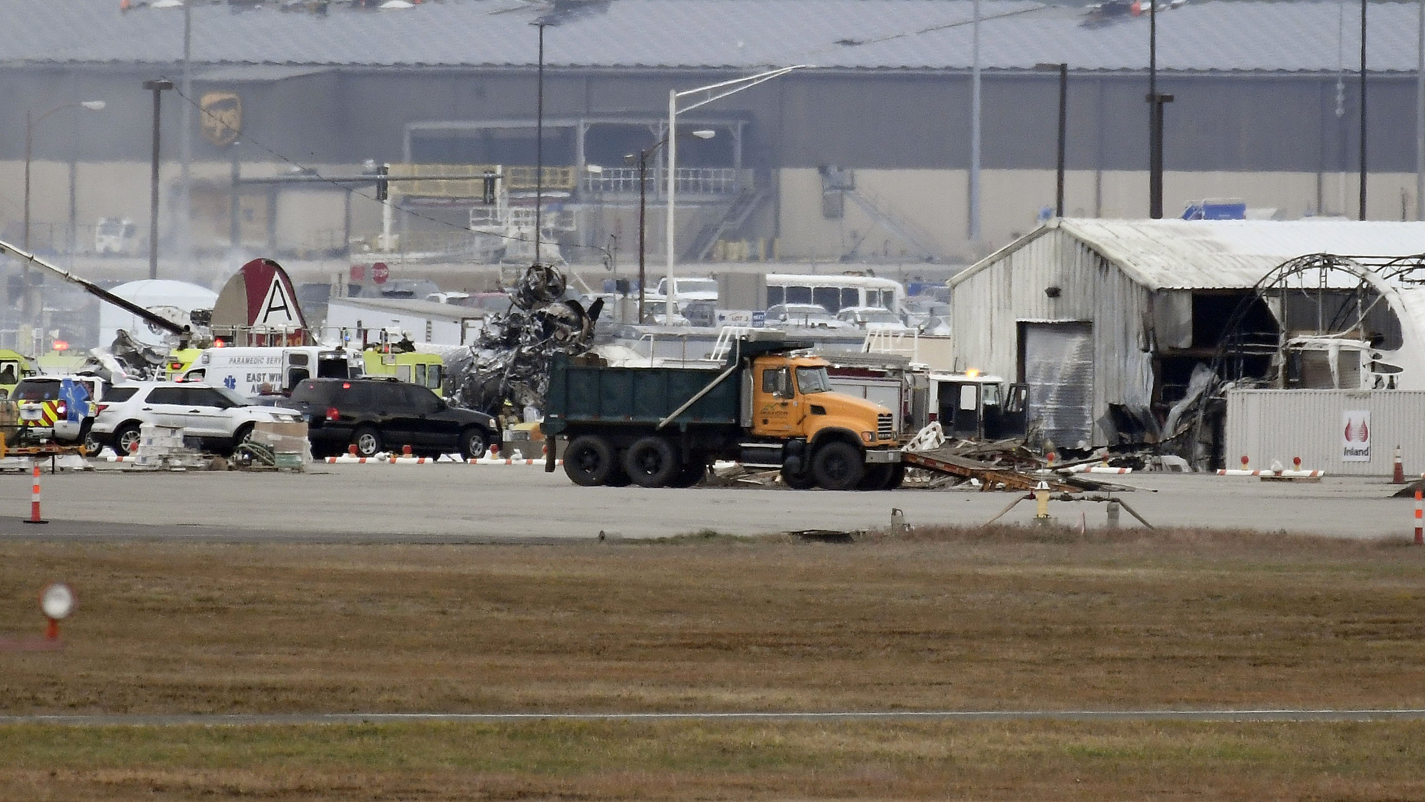 The Latest: Fatalities confirmed in vintage plane crash