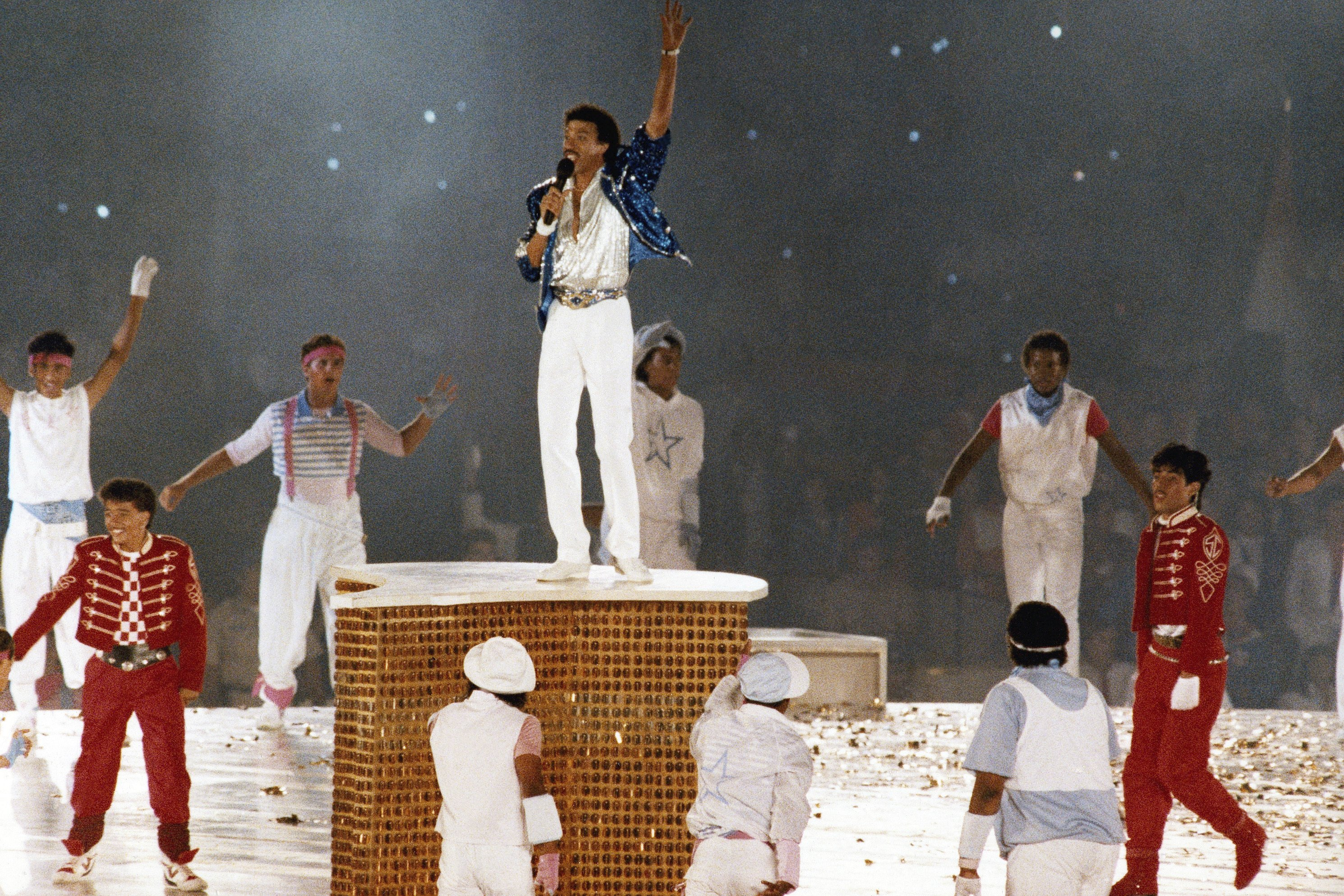All Night Long: Lionel Richie recalls closing 1984 Olympics