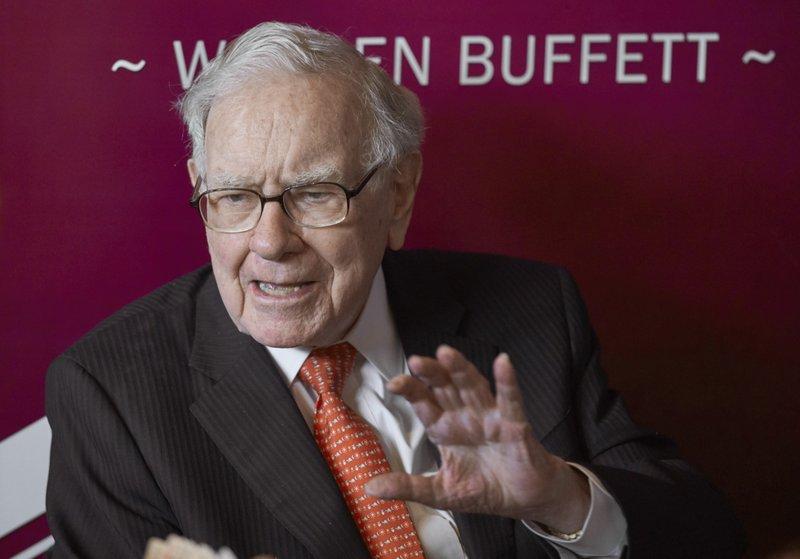 Billionaire Warren Buffett again encourages investors to bet on America in annual letter to shareholders