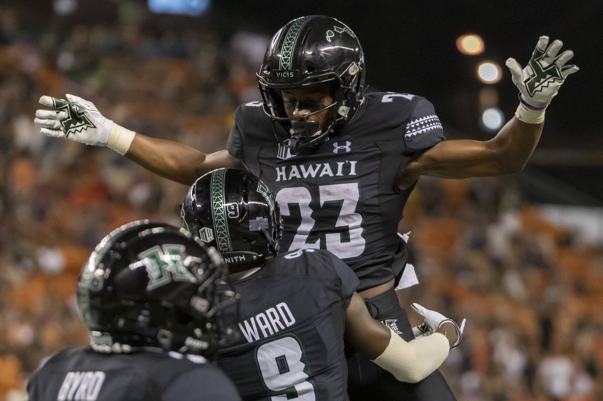 Hawaii looks for 3rd Pac-12 win facing No. 23 Washington