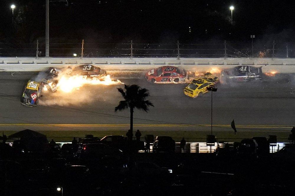 Racer Brad Keselowski ends in another disastrous Daytona 500