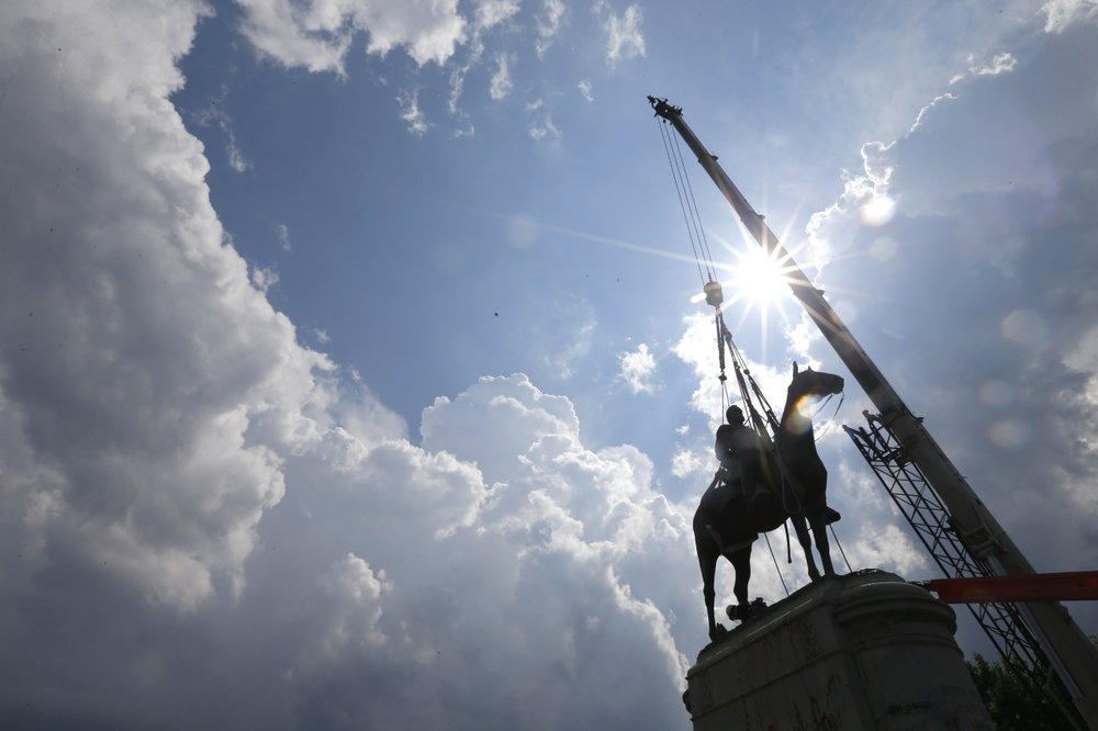 Mayor Levar Stoney of Richmond orders removal of Confederate statues off of city land