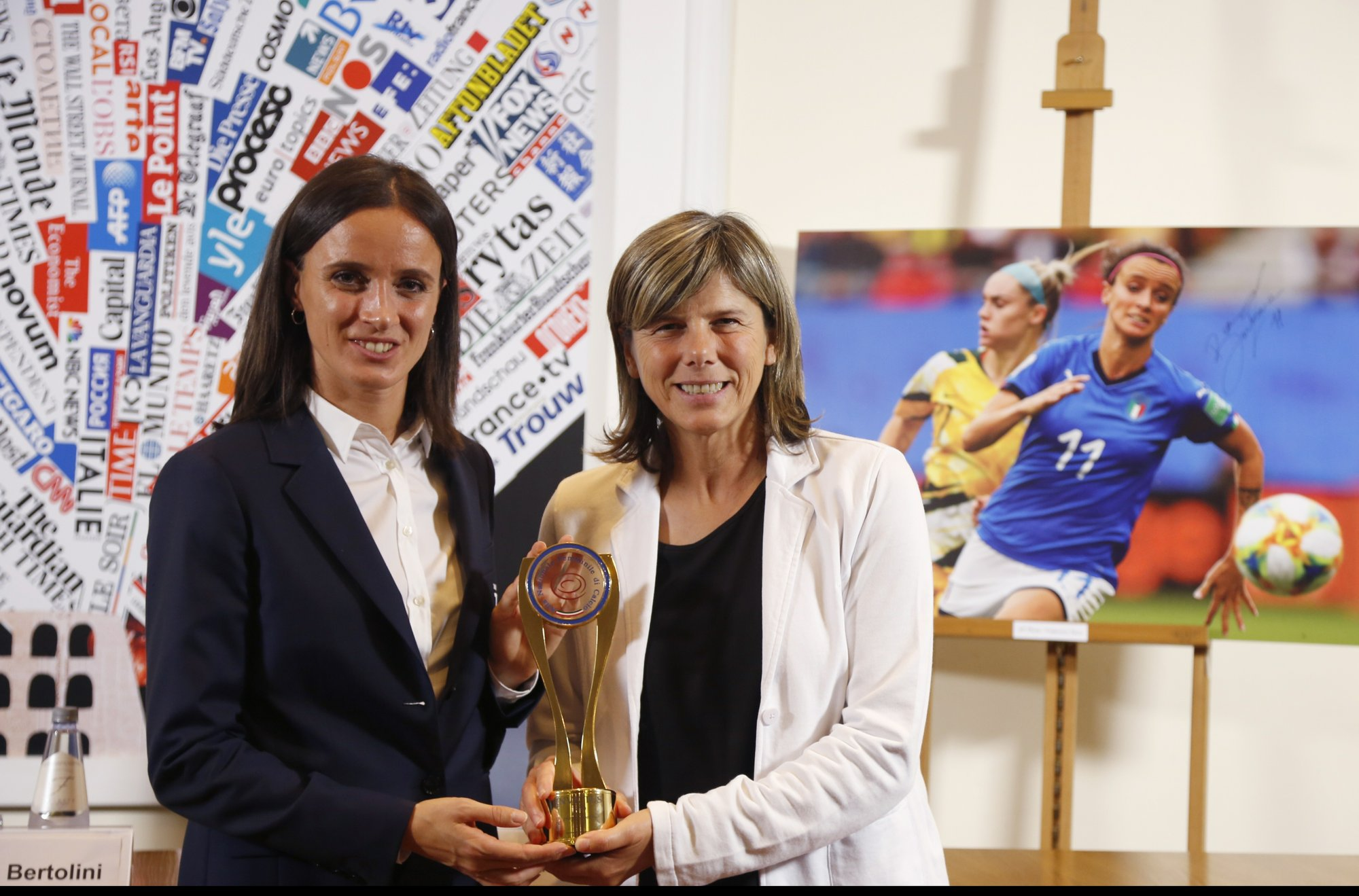 Italy women's team awarded for 'emancipating' female game