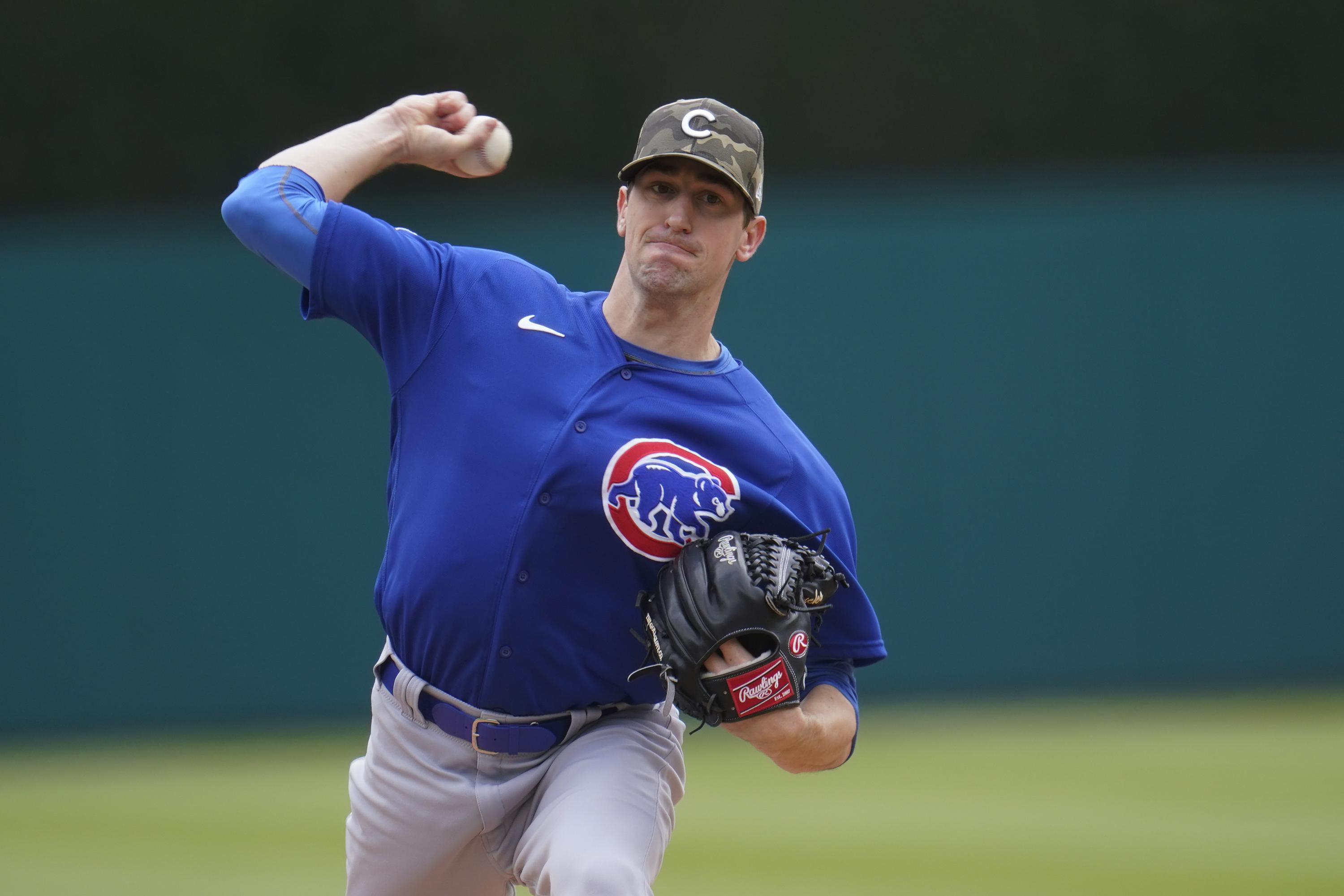 Hendricks takes shutout into 9th, Cubs beat Tigers 5-1