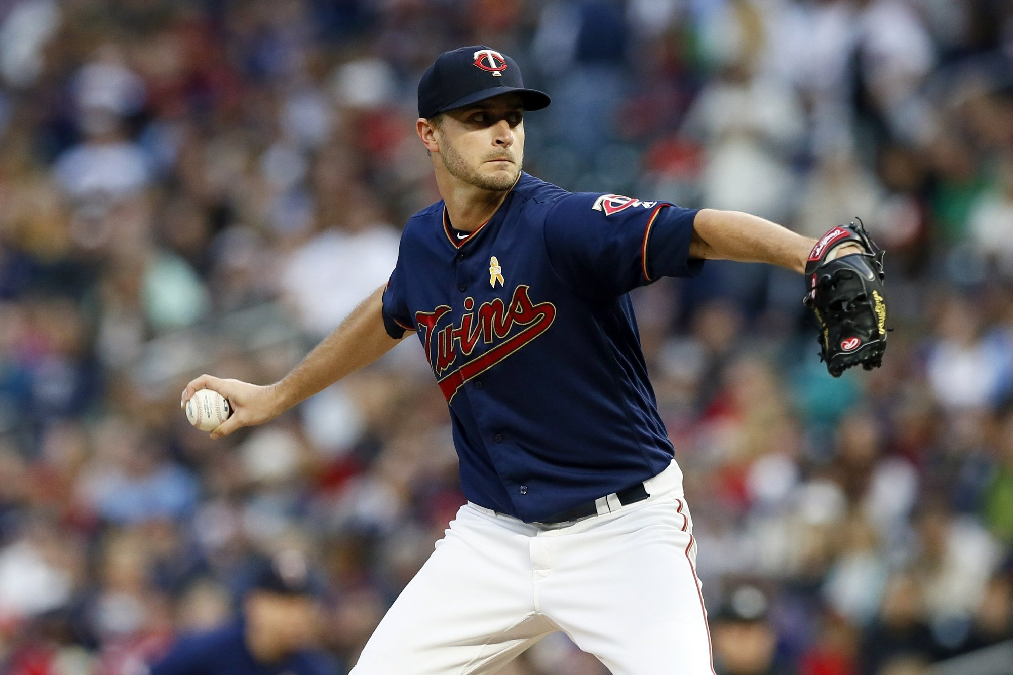 Garver hits a pair of homers, Twins beat Indians 5-3